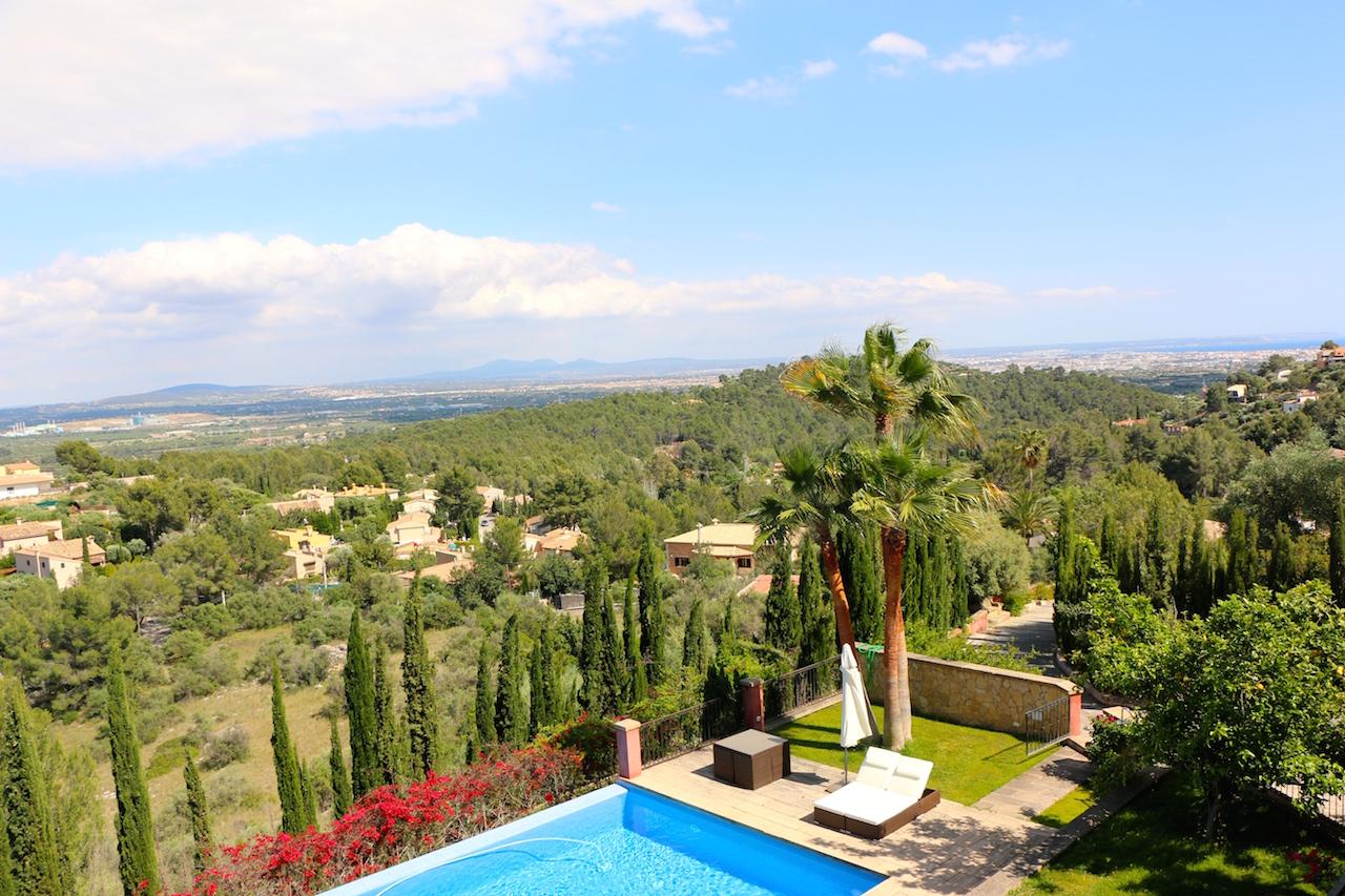 Villa Vegana Mallorca. Individueller Charme am Fuße des Tramuntana Gebirges.