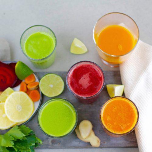 Frisch gepresster Kiwi Orangen Petersilie Saft | Habe ich