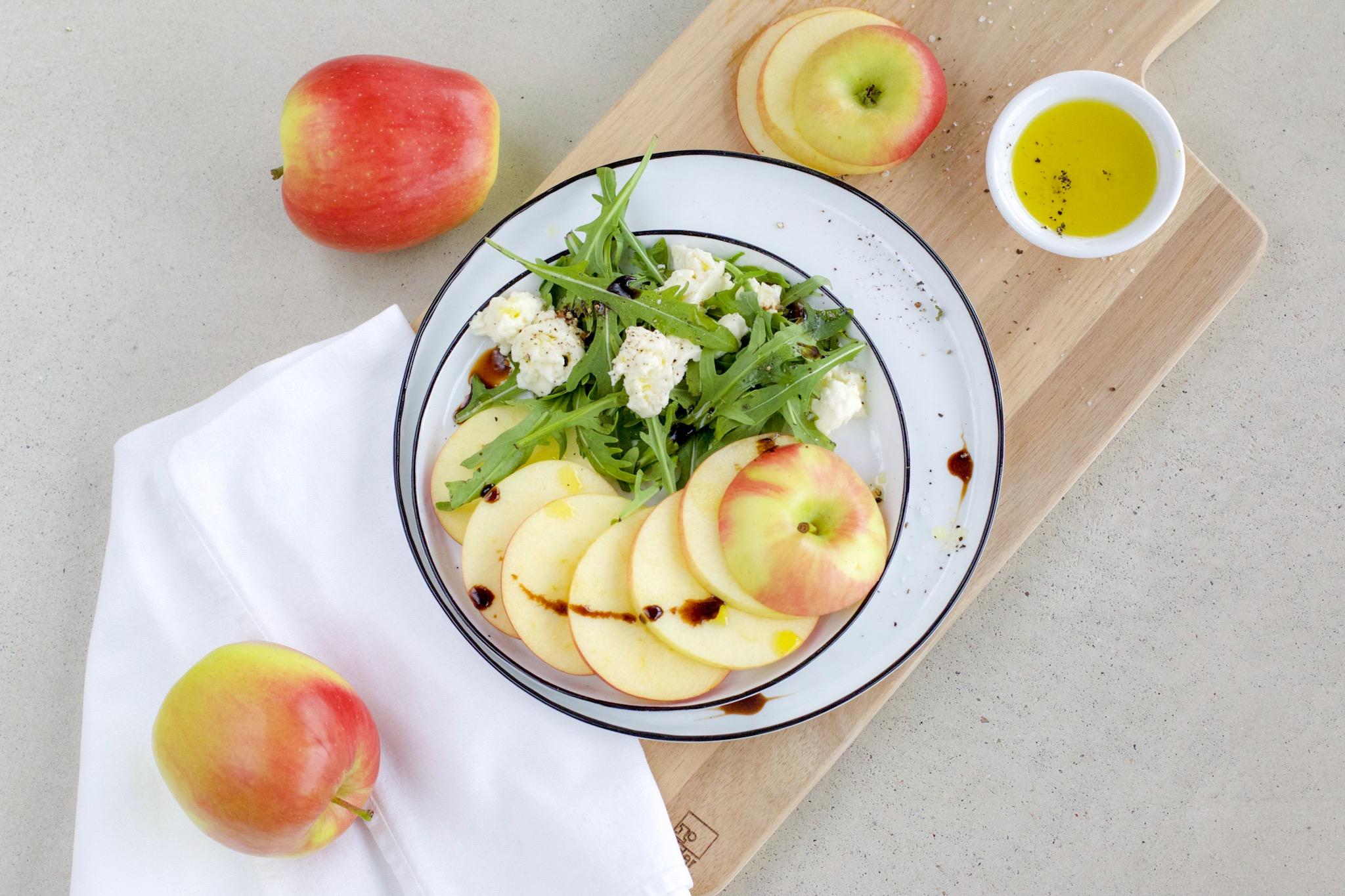 Apfel-Rucola-Salat | Leicht & Gesund in 5-Minuten zubereitet.