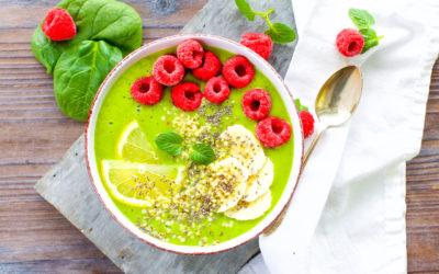 Hallo Hanf – Superfood für Innen und Aussen {Rezept: Grüne Smoothie Bowl mit Hanfsamen}