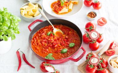 Penne all'arrabbiata: Fruchtig-scharfer Klassiker mit JOYN® Tomaten